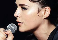 Jessie Ware – 'Say You Love Me'